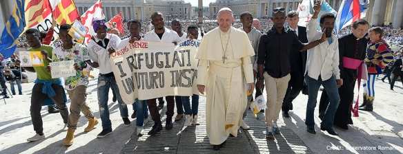 Pope+with+refugees+in+Rome+banner+credit